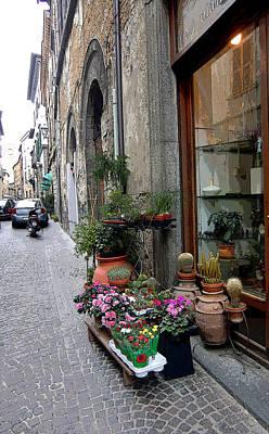 Orvieto Photograph - Orvieto Italy Flower Shop by Mindy Newman
