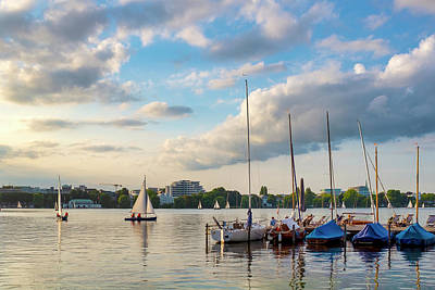 Photograph - Outer Alster Lake by Fabrizio Troiani