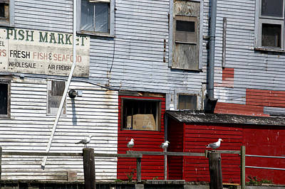 Photograph - Outside The Fish Market by Lynda Lehmann