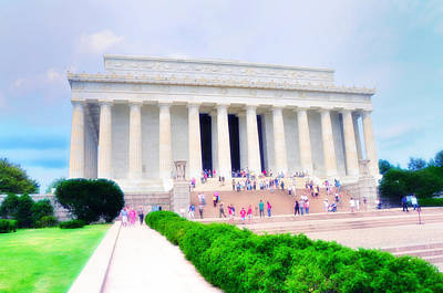 Lincoln Memorial Digital Art - Outside The Lincoln Memorial by Bill Cannon