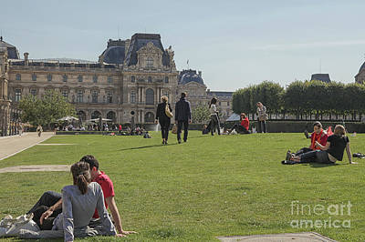 Photograph - Outside The Louvre by Patricia Hofmeester