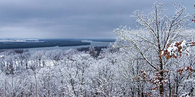 Photograph - Over Looking The Mississippi River After Snowing by Garry McMichael