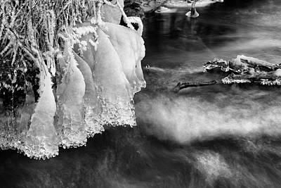 Photograph - Overhang by Ted Raynor