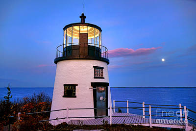 Photograph - Owls Head Light Evening by Olivier Le Queinec