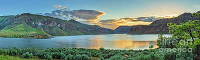 Photograph - Owyhee Reservoir Golden Hour by Robert Bales