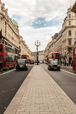 Photograph - Oxford Street In London by Jacek Wojnarowski