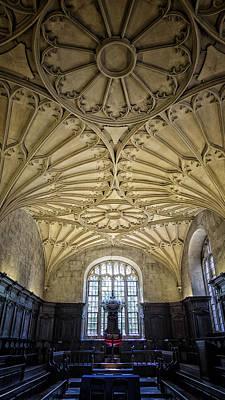 Potter School Photograph - Oxford University Convocation House by Stephen Stookey