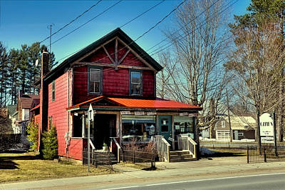 Photograph - Ozzie's Coffee Bar In Old Forge Ny by David Patterson