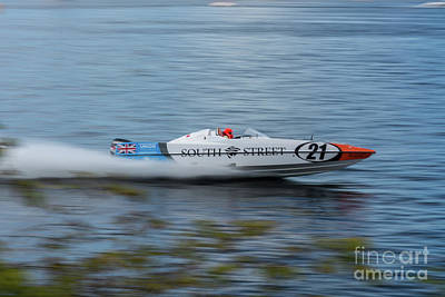 Photograph - P1 Powerboats 1 by Steve Purnell
