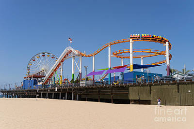Rollercoaster Photograph - Pacific Park At Santa Monica Pier In Santa Monica California Dsc3688 by Wingsdomain Art and Photography