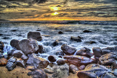 Photograph - Pacific Sunset North Shore Oahu Hawaii Art by Reid Callaway