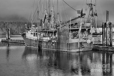 Photograph - Pacific Titan Black And White by Adam Jewell