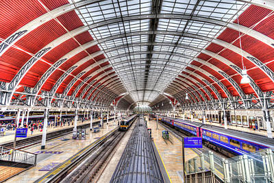 Photograph - Paddington Railway Station London by David Pyatt