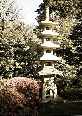 Photograph - Pagoda In Hagiwara Garden by Eliza Donovan