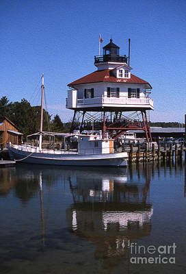 Photograph - Painted Drum Point Lighthouse by Skip Willits
