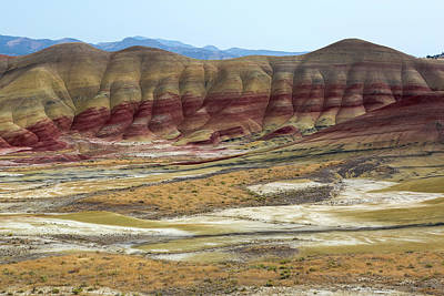 John Day Photograph - Painted Hills View From Overlook by David Gn