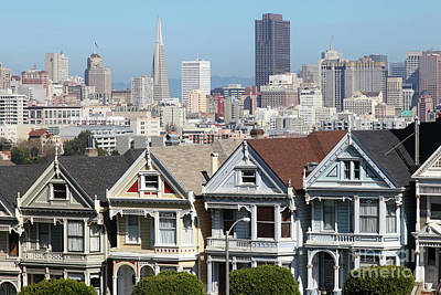 Photograph - Painted Ladies Of Alamo Square San Francisco California 5d27996v2 by San Francisco Art and Photography