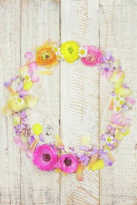 Photograph - Painterly Ranunculus Floral Wreath by Susan Gary