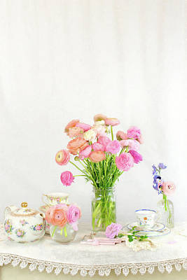 Photograph - Painterly Ranunculus Tea Time by Susan Gary