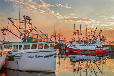 Photograph - Painting Of Yarmouth Harbour by Garvin Hunter