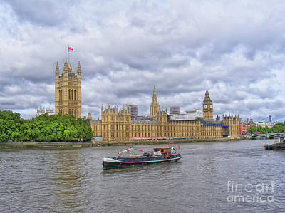 Photograph - Palace Of Westminster by Nina Ficur Feenan