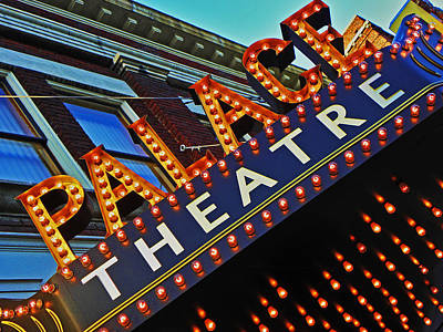 Photograph - Palace Theatre by Elizabeth Hoskinson