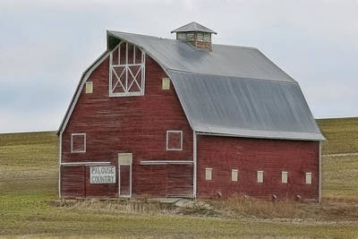 Photograph - Palouse Barn by Wes and Dotty Weber