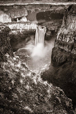 Photograph - Palouse Falls by Wes and Dotty Weber