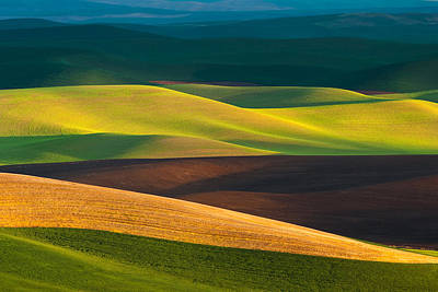 Brown Color Photograph - Palouse Layers Horizontal by Thorsten Scheuermann
