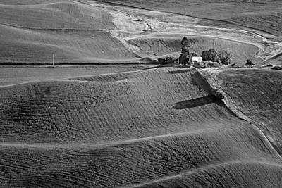 Photograph - Palouse - Washington - Farms - 6 - Bw by Nikolyn McDonald