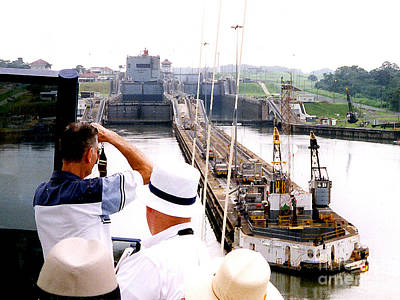 Photograph - Panama Canal - We Were Lowered In The Lock by Merton Allen