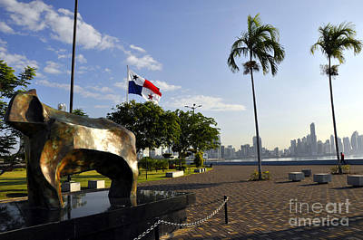 Photograph - Panama City 9 by Andrew Dinh