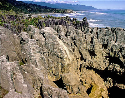 Photograph - Pancake Rocks New Zaland by Alan Toepfer