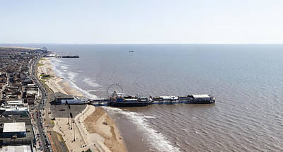 Photograph - Panorama Of Blackpool Beach by Gillian Dernie