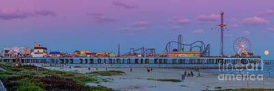 Panorama Of Historic Pleasure Pier With Full Moon Rising In Galveston Island - Texas Gulf Coast Art Print