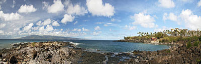 Water Play Photograph - Panoramic Kapalua Beach Resort by Dave Fleetham - Printscapes