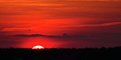 Photograph - Panoramic Sunset by Bj Hodges