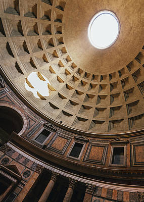 Photograph - Pantheon Dome Sunbean by Dave Bowman