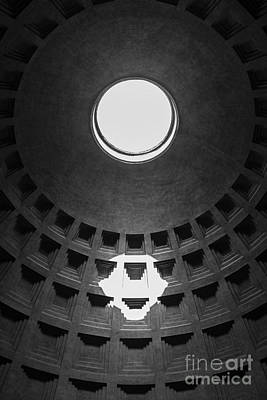 Photograph - Pantheon Rome Italy by Edward Fielding