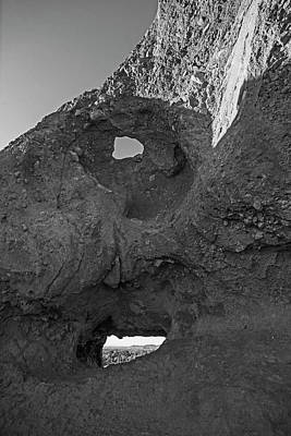 Photograph - Papago Park Hole-in-the_rock Phoenix Arizona Az Black And White by Toby McGuire