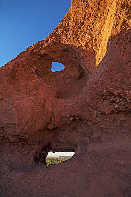 Photograph - Papago Park Hole-in-the_rock Phoenix Arizona Az by Toby McGuire