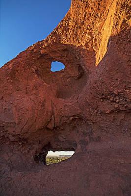Photograph - Papago Park Hole-in-the_rock Phoenix Arizona Az by Toby McGuire