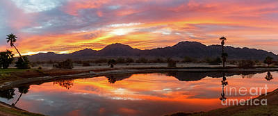 Photograph - Par 3 Sunrise by Robert Bales