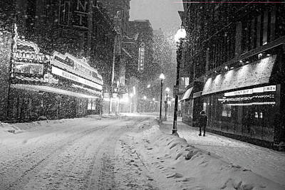 Photograph - Paramount Snowstorm Boston Ma Washington Street Black And White by Toby McGuire