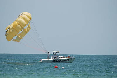 Photograph - Parasail by Rob Hans