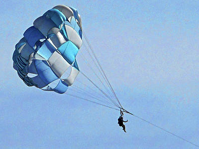 Photograph - Parasailing 1 by Ron Kandt