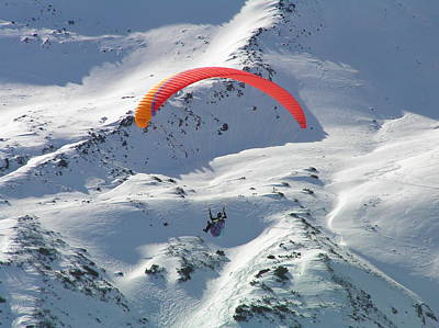 Photograph - Parasailing In Davos by Pat Moore