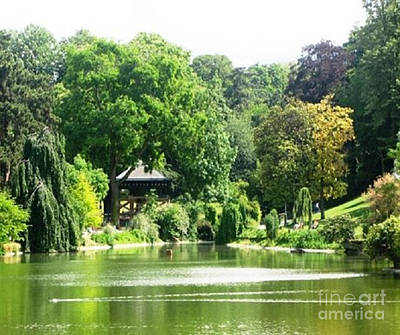 Lale Photograph - Parc Montsouris In Paris by Rod Jellison