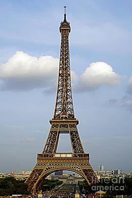 Queen - Paris 1 by Ben Yassa