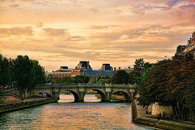 Chuck Kuhn Photograph - Paris At Sunset by Chuck Kuhn